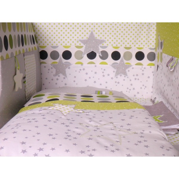 Tour de lit gigoteuse th me toiles et pois r alis s for Chambre de bebe original