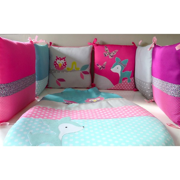 idee de deco chambre en fushia et turquoise. Black Bedroom Furniture Sets. Home Design Ideas