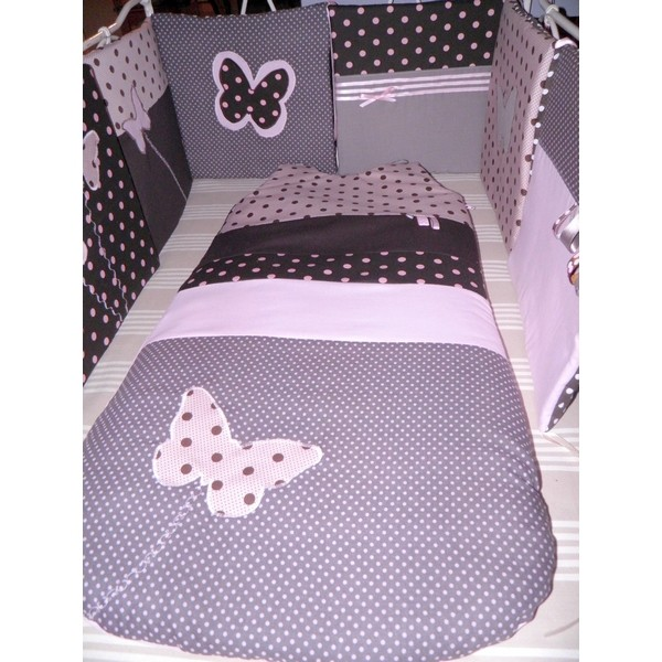 tour de lit gigoteuse toiles papillons r alis s. Black Bedroom Furniture Sets. Home Design Ideas